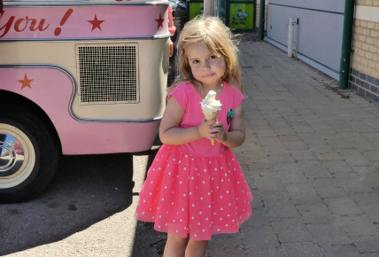 Ice Cream Man Visit Photo-4
