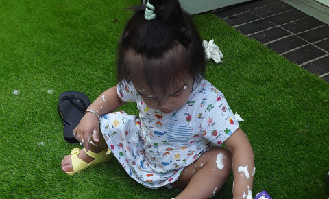 The Nursery Blog- Messy Play on a Summers Day Photo-2
