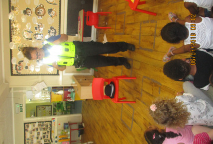 The police visit the nursery Photo-1